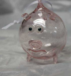 Little piggy ornament