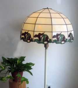 Nouveau lamp