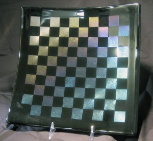 Fused iridescent plate