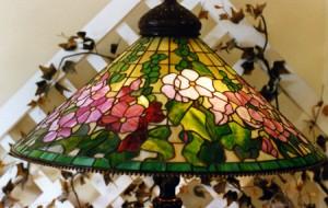 Gladiola lamp